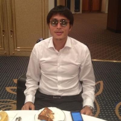 「まあまあ、お前らもパンでも食べながらゆっくりボケてこうぜ」 - 前田遼一へのボケ[7874953] - ボケて(bokete)
