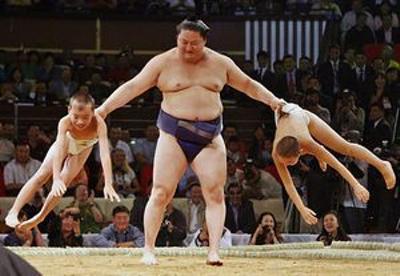 相撲 の の 取り組み 今日