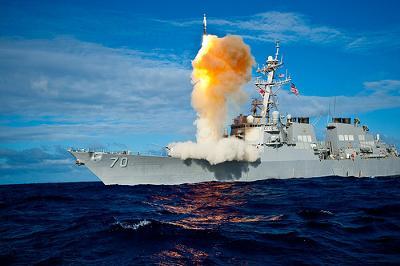 夕食のメニューがカレー」の喜びを対潜ミサイルで表現 - 船へのボケ ...